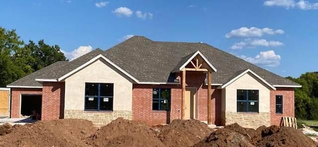 17500 Timberline Court, Oklahoma City, OK 73071 (MLS #905124) :: Erhardt Group at Keller Williams Mulinix OKC
