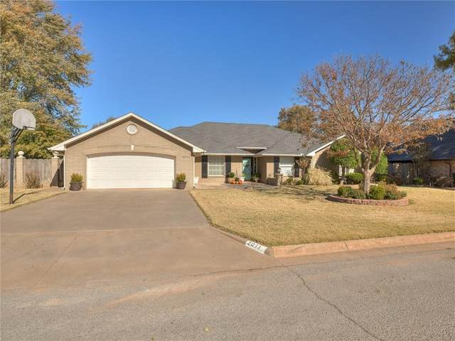 2011 Peach Avenue, Weatherford, OK 73096 (MLS #933097) :: The UB Home Team at Whittington Realty