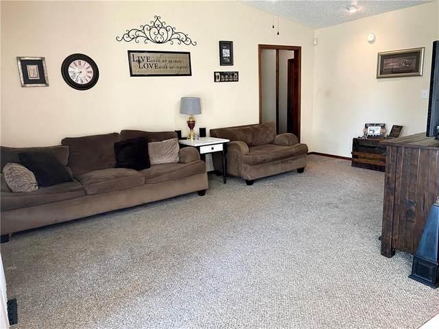 5525 Cedar Ridge Drive, Enid, OK 73703 (MLS #934496) :: Homestead & Co