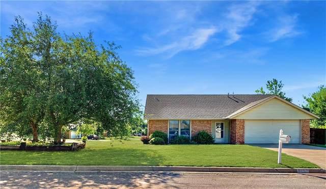 112 Coral Avenue, Elk City, OK 73644 (MLS #904289) :: Homestead & Co