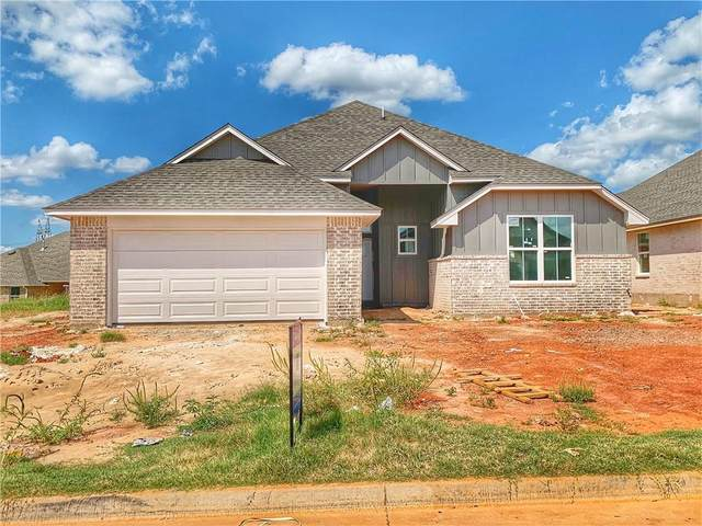 8213 NW 151st Street, Edmond, OK 73013 (MLS #905089) :: Erhardt Group at Keller Williams Mulinix OKC