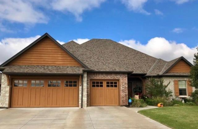 4701 Monarchos Drive, Edmond, OK 73025 (MLS #838149) :: Homestead & Co
