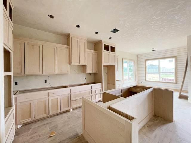 15709 Capri Lane, Edmond, OK 73013 (MLS #948058) :: The UB Home Team at Whittington Realty