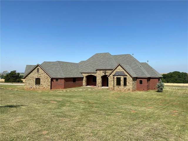 13 Rhett Road, Weatherford, OK 73096 (MLS #856280) :: Homestead & Co