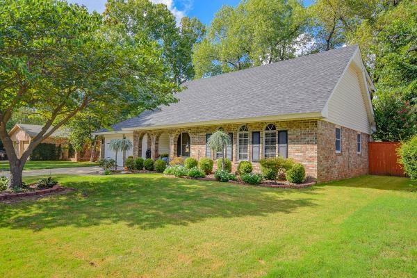 1445 Greenbriar Drive, Norman, OK 73072 (MLS #712994) :: Meraki Real Estate