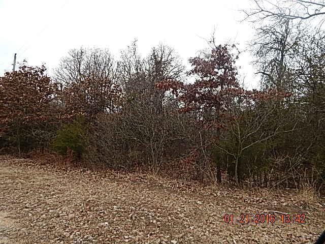 16250 Deer, Moore, OK 73165 (MLS #715944) :: Wyatt Poindexter Group