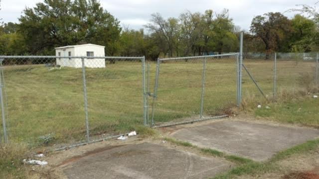 2213 Se 44th, Oklahoma City, OK 73129 (MLS #750976) :: Wyatt Poindexter Group