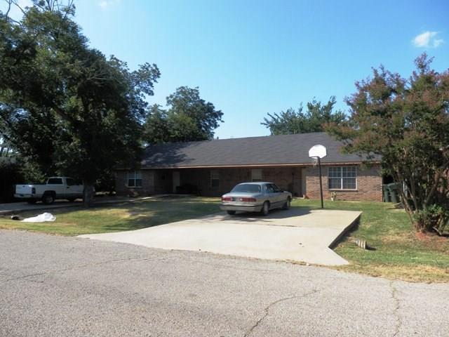 217 W Locust, Tecumseh, OK 74873 (MLS #754073) :: KING Real Estate Group