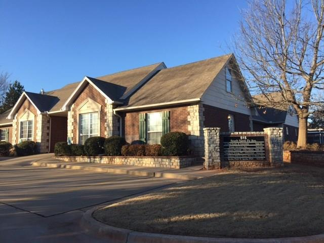 515 S Santa Fe #103, Edmond, OK 73003 (MLS #758658) :: Barry Hurley Real Estate