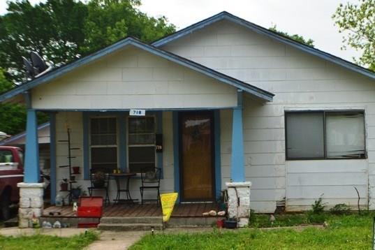 710 S Oak, Holdenville, OK 74848 (MLS #771132) :: Wyatt Poindexter Group