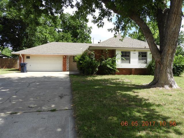 2509 SW 66th, Oklahoma City, OK 73159 (MLS #776966) :: Richard Jennings Real Estate, LLC