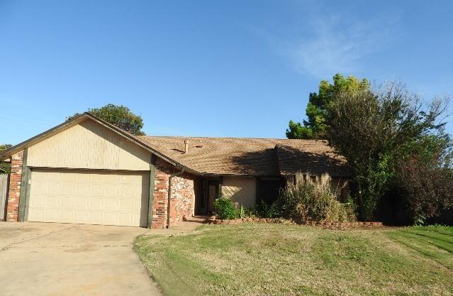 13001 Turtle Creek Court, Oklahoma City, OK 73170 (MLS #777572) :: Richard Jennings Real Estate, LLC