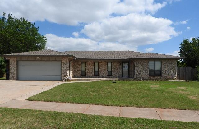 1056 Pruitt Drive, Oklahoma City, OK 73170 (MLS #777618) :: Richard Jennings Real Estate, LLC
