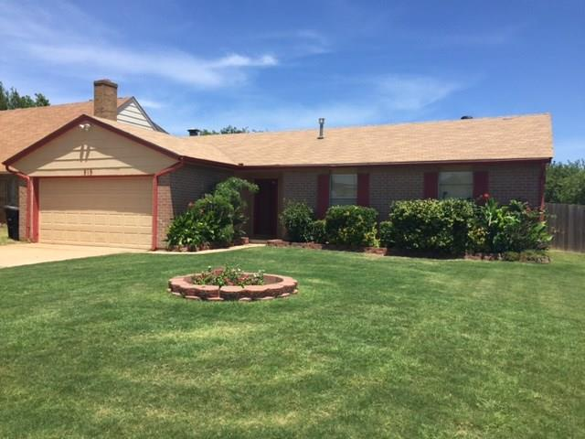 216 N English Street, Moore, OK 73160 (MLS #777738) :: Richard Jennings Real Estate, LLC