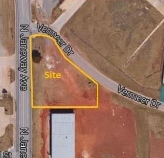 2410 N Janeway, Moore, OK 73160 (MLS #781886) :: Meraki Real Estate