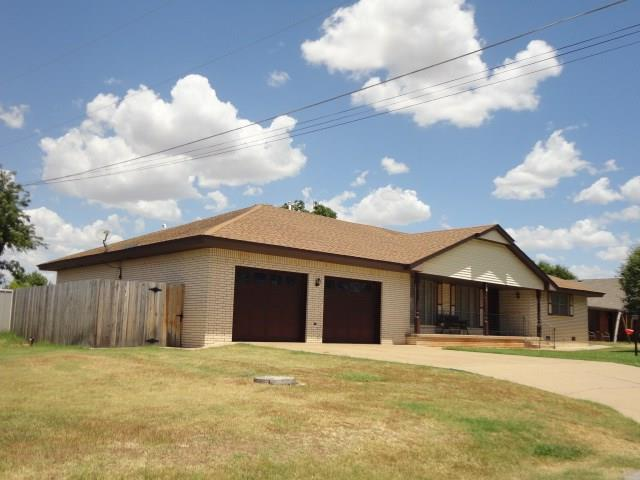 103 W Union, Corn, OK 73024 (MLS #783222) :: The Professionals Real Estate Group