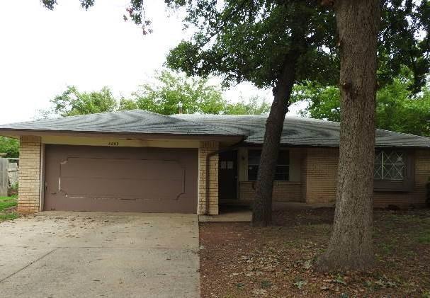 3809 Greenway Terrace, Del City, OK 73115 (MLS #786766) :: Richard Jennings Real Estate, LLC