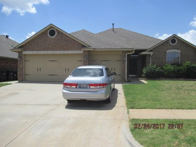 9101 Shady Grove Road, Moore, OK 73160 (MLS #786941) :: Wyatt Poindexter Group