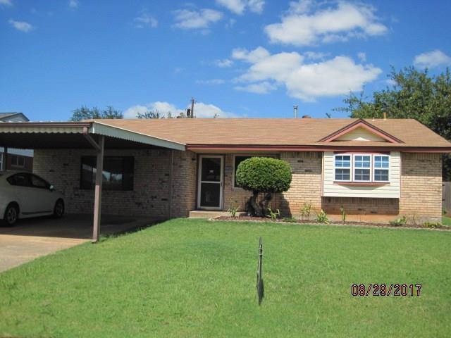 813 NW 16th, Moore, OK 73160 (MLS #788356) :: Richard Jennings Real Estate, LLC