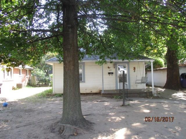 621 W Wallace Street, Shawnee, OK 74801 (MLS #791394) :: Wyatt Poindexter Group
