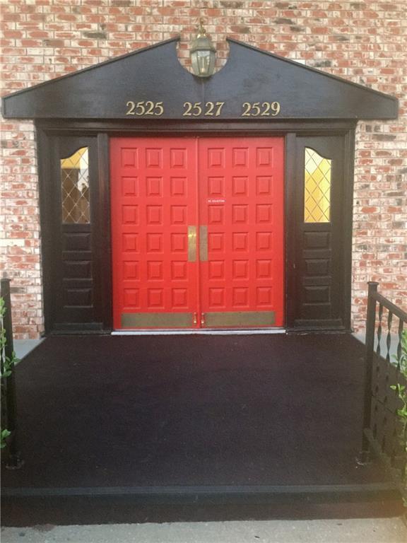 2525 NW 62nd Street #203, Oklahoma City, OK 73112 (MLS #791808) :: Erhardt Group at Keller Williams Mulinix OKC