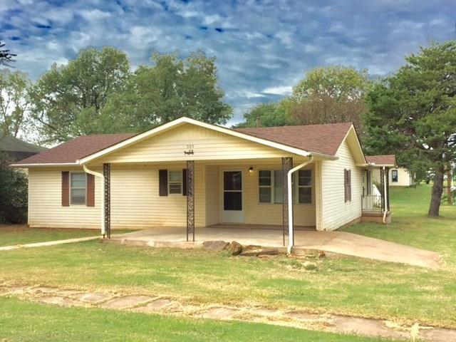503 Dogwood, Wellston, OK 74881 (MLS #793358) :: Wyatt Poindexter Group