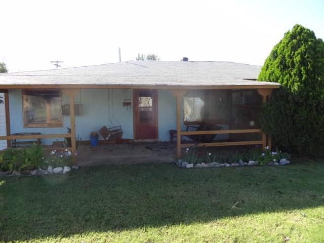 618 N Massingale, Cordell, OK 73632 (MLS #794302) :: Homestead & Co