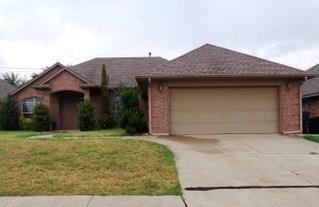 8621 NW 114th, Oklahoma City, OK 73162 (MLS #795291) :: Homestead & Co