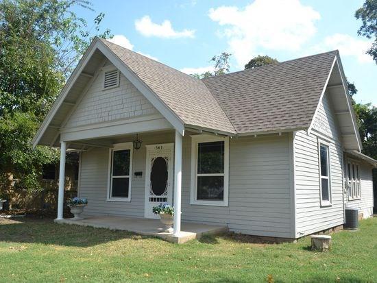 541 N Market, Shawnee, OK 74801 (MLS #795465) :: Wyatt Poindexter Group