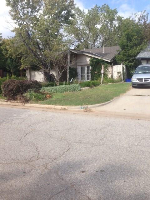 6929 Fawn Canyon, Oklahoma City, OK 73162 (MLS #795646) :: Richard Jennings Real Estate, LLC
