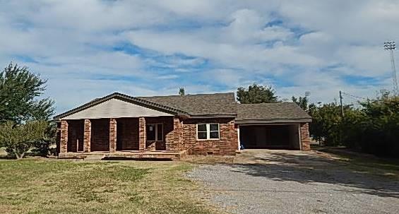 409 NW Taylor Avenue, Piedmont, OK 73078 (MLS #795970) :: Wyatt Poindexter Group