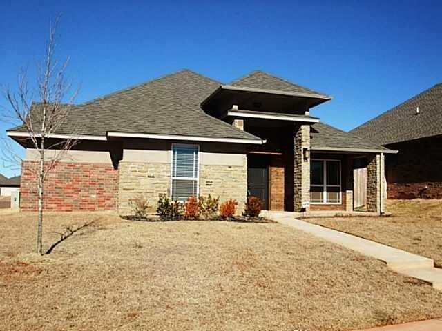 8337 NW 141st Circle, Oklahoma City, OK 73142 (MLS #798679) :: Wyatt Poindexter Group