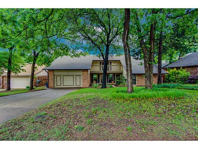 1306 Richmond Road, Edmond, OK 73034 (MLS #799161) :: Wyatt Poindexter Group