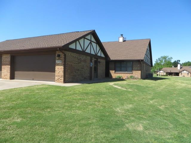 3202 Pondridge Road, Chickasha, OK 73018 (MLS #801898) :: Wyatt Poindexter Group