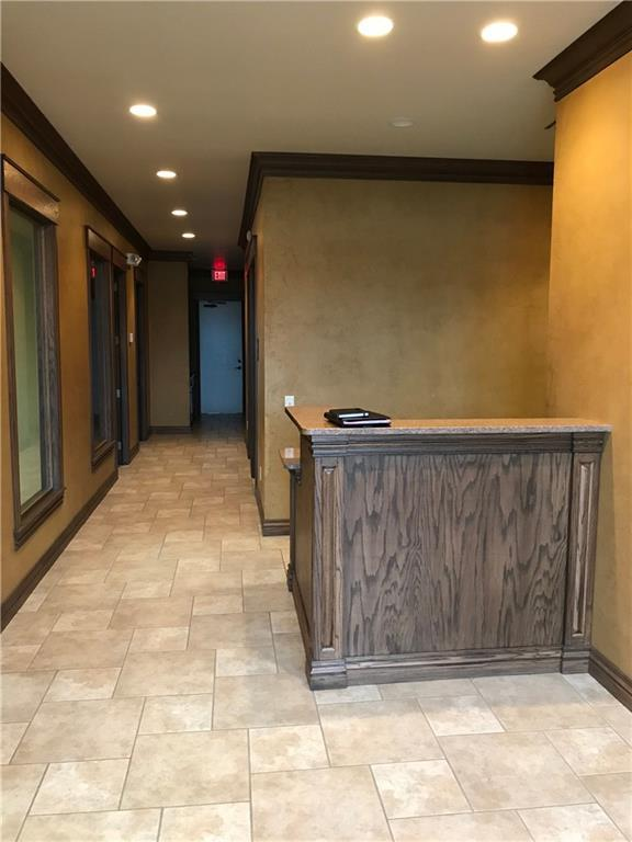 2917 S Bryant Avenue A, Edmond, OK 73013 (MLS #801901) :: Barry Hurley Real Estate