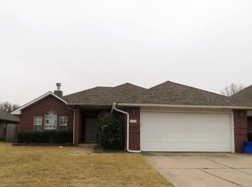 1128 SW 130th Street, Oklahoma City, OK 73170 (MLS #802762) :: Wyatt Poindexter Group