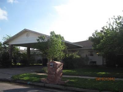 4808 Republic Drive, Oklahoma City, OK 73135 (MLS #803047) :: Wyatt Poindexter Group