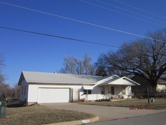 10101 14th Street, Midwest City, OK 73130 (MLS #803172) :: Wyatt Poindexter Group