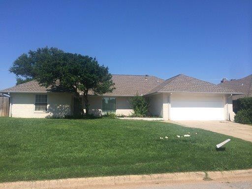 7513 N Ann Arbor Avenue, Oklahoma City, OK 73132 (MLS #803766) :: Wyatt Poindexter Group