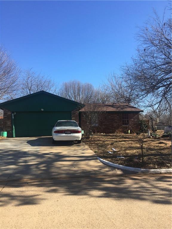 620 Woodland, Midwest City, OK 73130 (MLS #804505) :: UB Home Team
