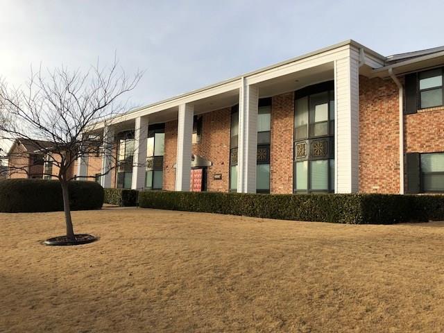 2525 NW 62 Street #201, Oklahoma City, OK 73112 (MLS #804575) :: Barry Hurley Real Estate