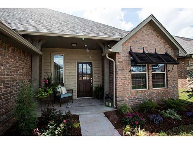 3212 NW 188th Terrace, Edmond, OK 73012 (MLS #805618) :: Wyatt Poindexter Group