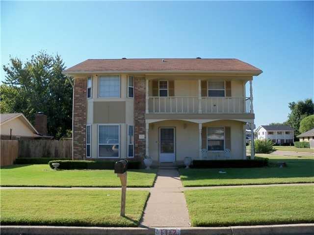 1112 SW 91st, Oklahoma City, OK 73139 (MLS #805923) :: Wyatt Poindexter Group