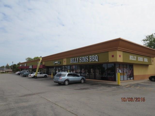 2210 NW 23 Street, Oklahoma City, OK 73107 (MLS #807150) :: Erhardt Group at Keller Williams Mulinix OKC