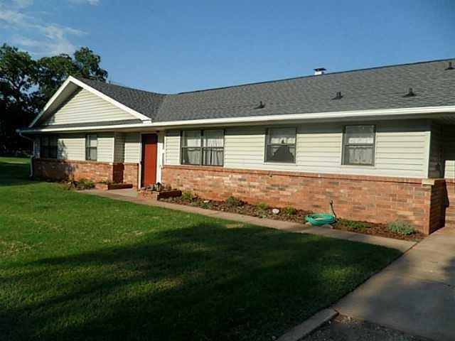 10750 Lori Lane, Luther, OK 73054 (MLS #807529) :: Meraki Real Estate