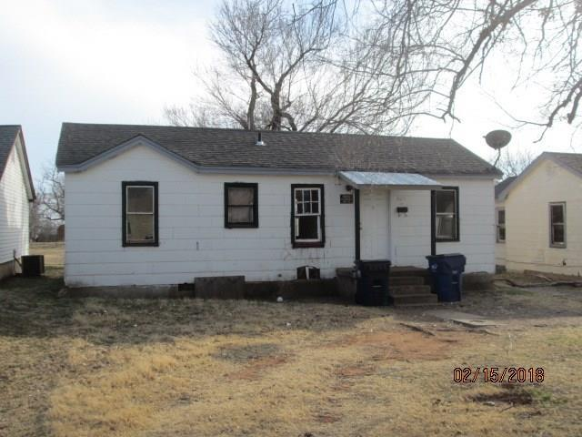 824 W Apache, Purcell, OK 73080 (MLS #807943) :: Barry Hurley Real Estate