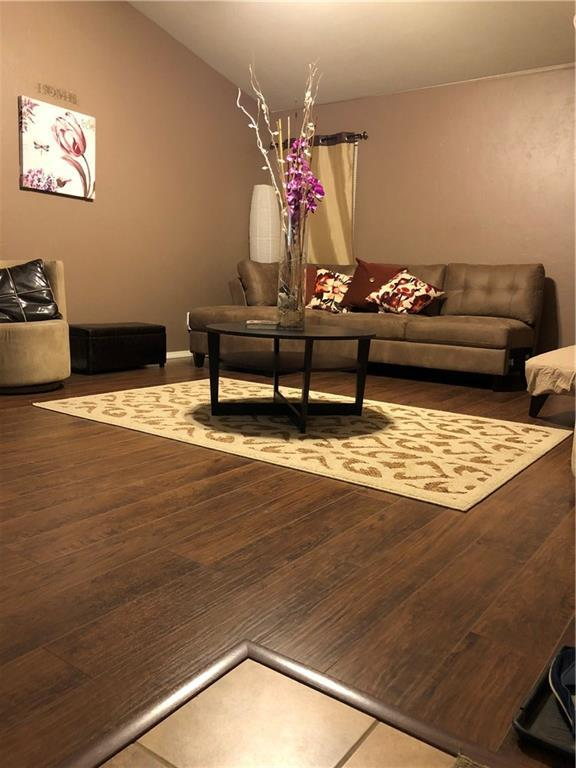 1101 SW 155th Street, Oklahoma City, OK 73170 (MLS #808051) :: Wyatt Poindexter Group
