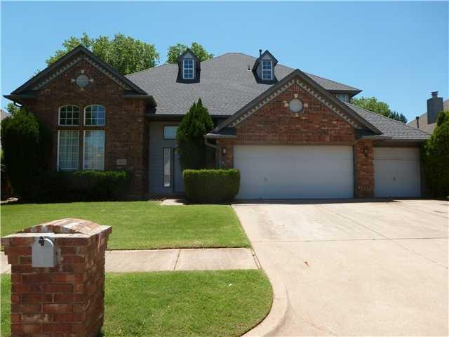 1312 NW 199th Street, Edmond, OK 73012 (MLS #808548) :: Homestead & Co