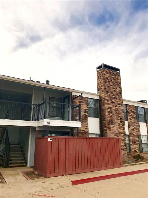 3003 E River Oaks #209, Norman, OK 73072 (MLS #809290) :: Barry Hurley Real Estate