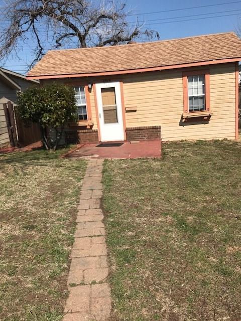 2919 NW 22nd, Oklahoma City, OK 73107 (MLS #809617) :: Barry Hurley Real Estate